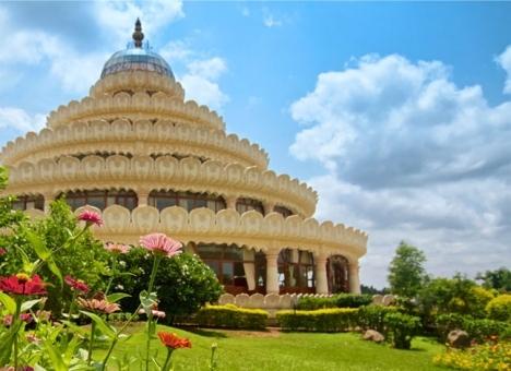Spiritual Ashrams in Bangalore, Art of Living Ashram Bangalore