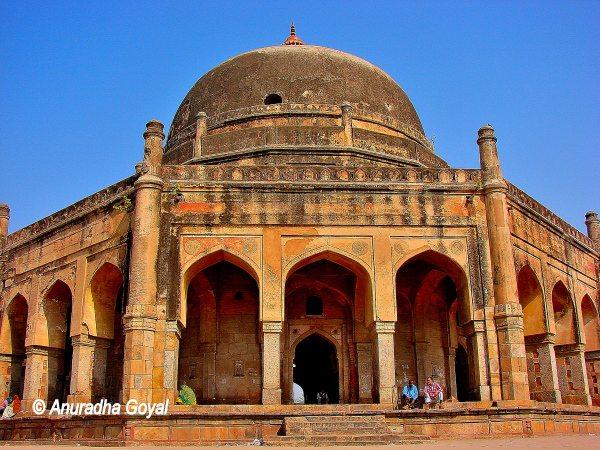 Adham Khan Tomb Mehrauli, Delhi