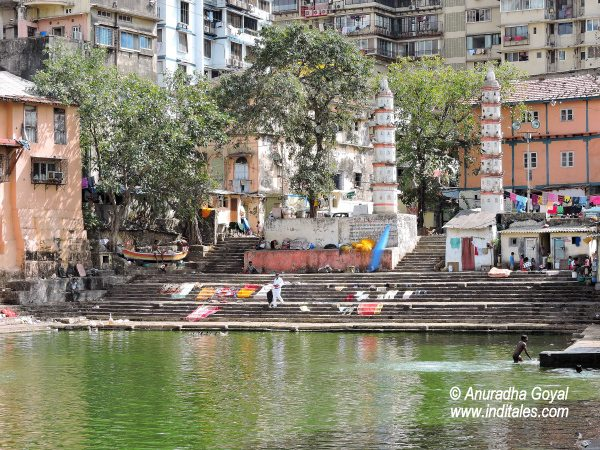 Ancient Deepstambhas at Banganga Tank Mumbai