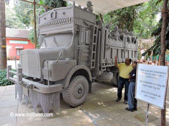 Art Display behind the building of Bhau Daji Lad Museum, Mumbai