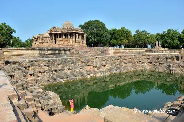 Surya Kund, Sabhamandapa & Main temple at Modhera