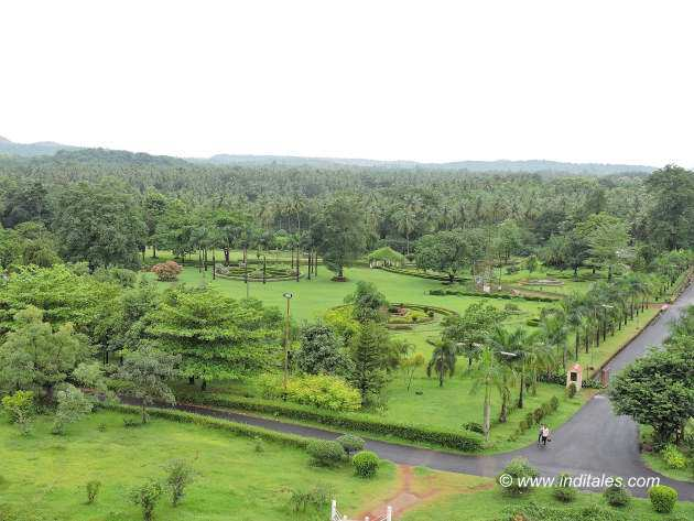 Botanical garden by the Salaulim dam