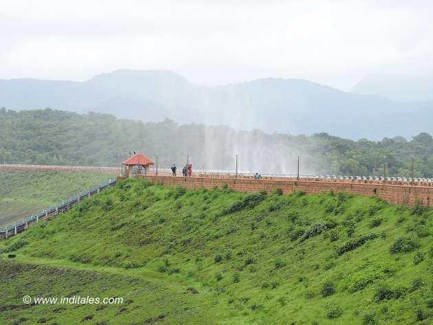 Misty Salaulim dam