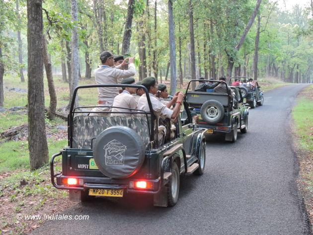 Safari ready to go at Kanha national park