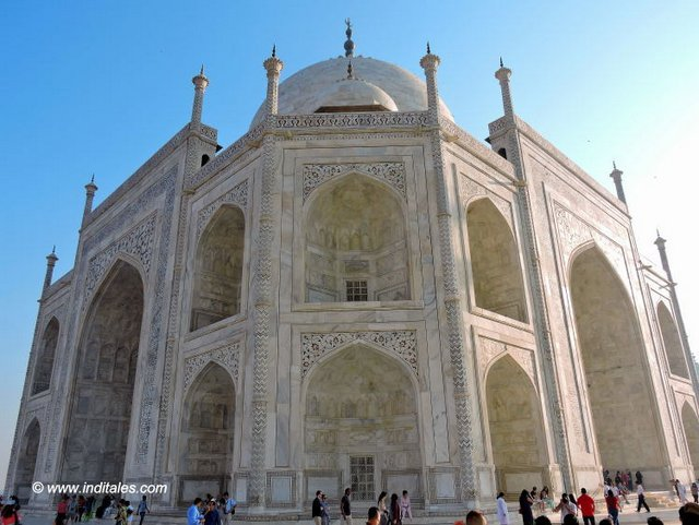 Taj Mahal - The Corner View that tells you it is Octagonal