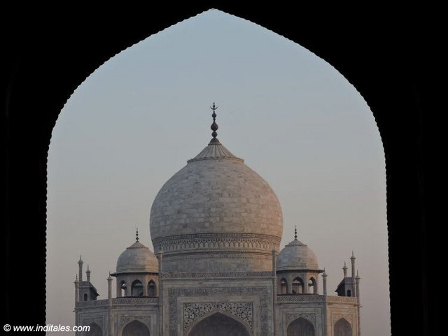 Taj Mahal viewed from arch of the gate
