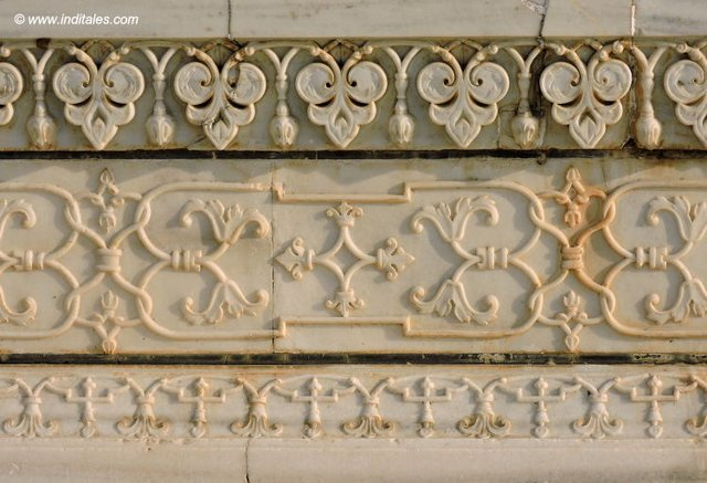 Carved Marble decorations at Taj Mahal