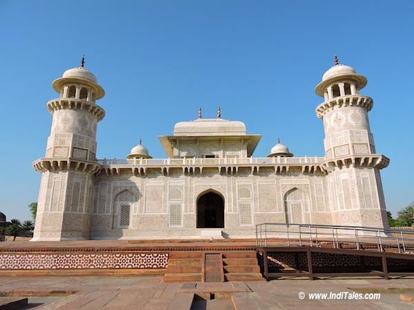 Itmad-Ud-Daula Tomb - Main Building, Agra