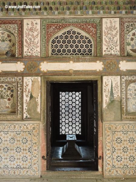 Inside walls of Itmad-Ud-Daula Tomb, Agra