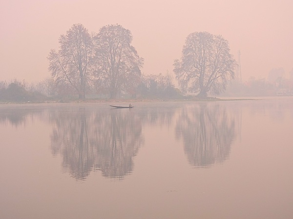 Early morning view from the houseboat, Srinagar