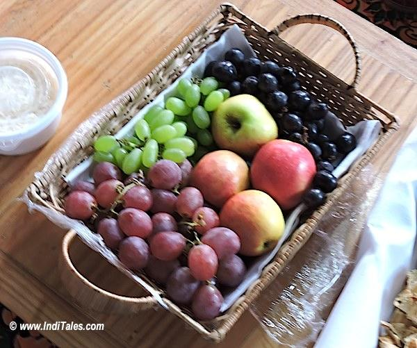 Fruits in Ladakh for the Vegetarians