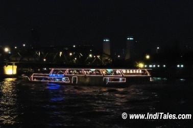 Bangkok Nightlife Dinner River Cruise, Chao Phraya River