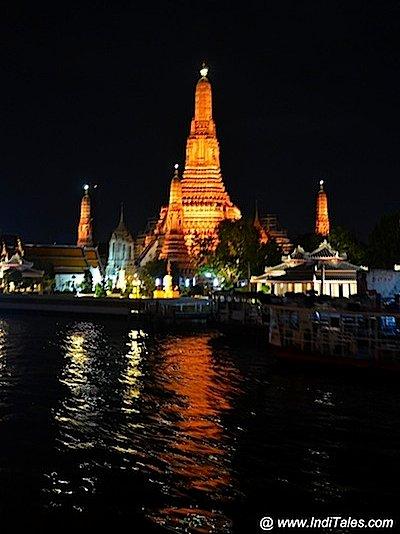 Wat Arun at Night, temple in Bangkok