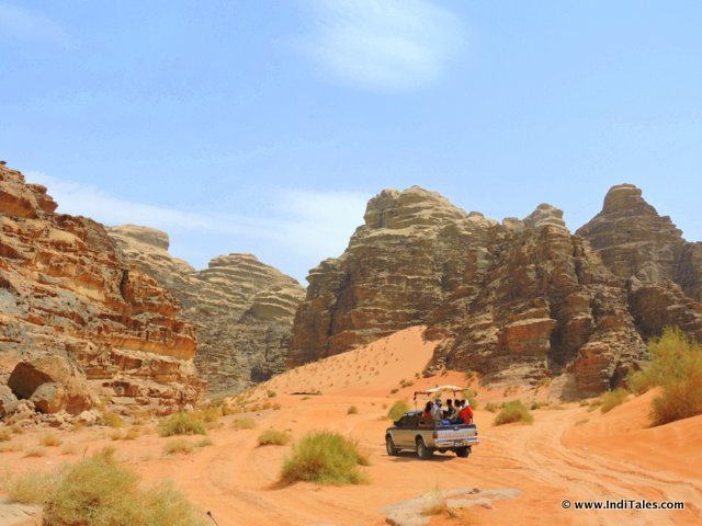 4X4 Jeep Drive through the desert of Wadi Rum, Jordan
