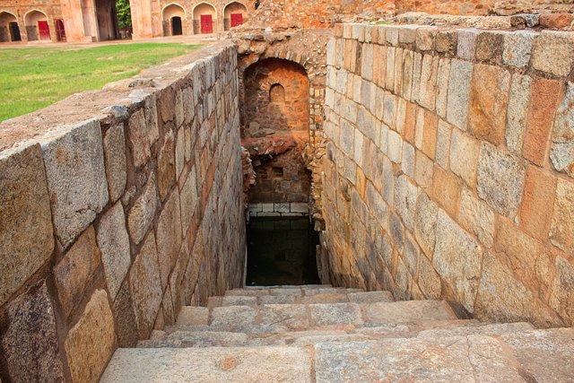 Arab Sarai Baoli, Humayun Tomb complex