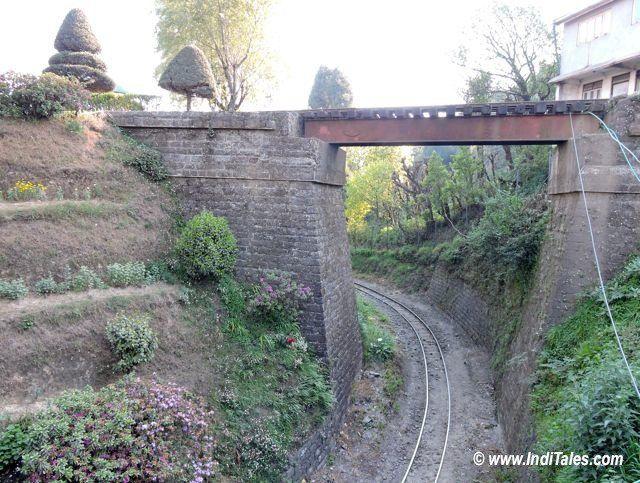 Batasia Loop Between Darjeeling & Ghum Station