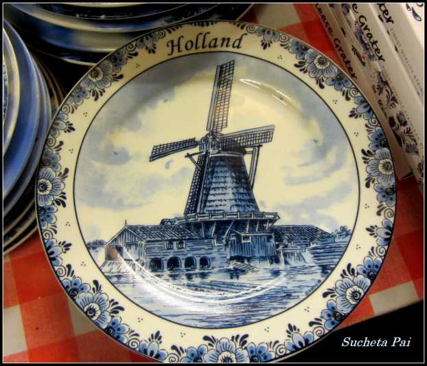 Windmill painted on Delft Pottery, Amsterdam