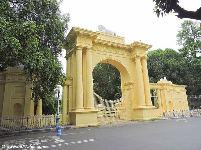 Kolkata Raj Bhavan Gates with Lion Capital