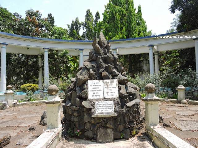 Pergola Garden, Moti Daman