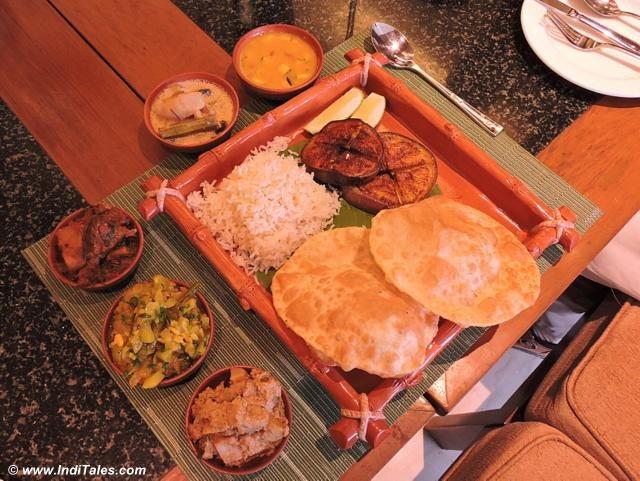 Bengali Thali at ITC Sonar, Kolkata