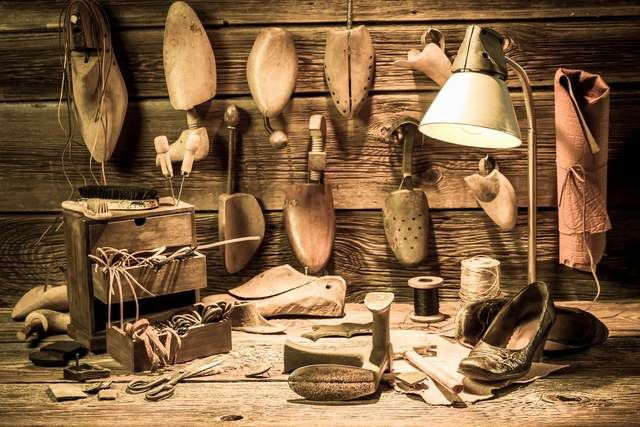 चमड़े की दुकानें