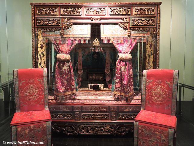 Wedding Bed at Peranakan Museum, Singapore