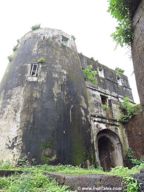 Jaigad Fort Entrance