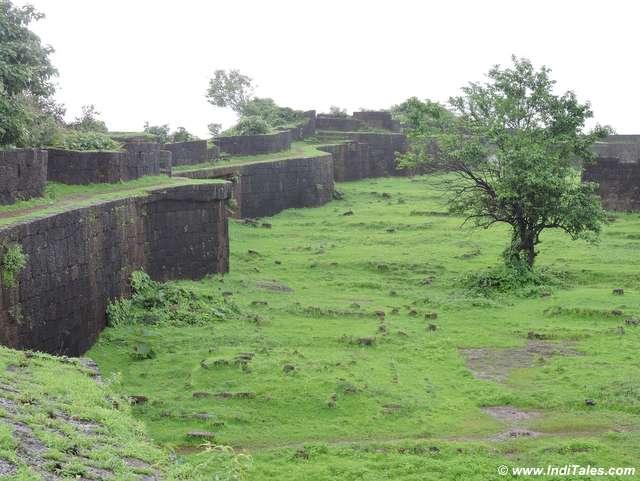 Inside Jaigad Fort