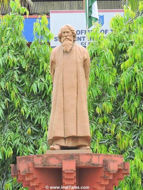 Tagore Statue at Cooch Behar