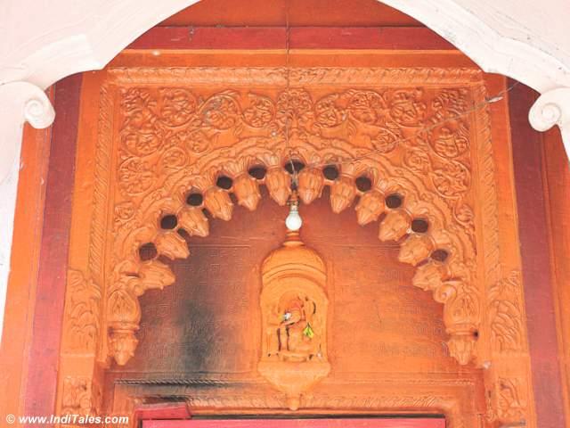 Details of Chandikeshwar temple entrance