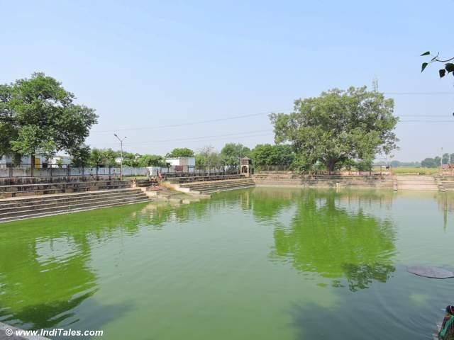 Gandharva Sagar - the tank next to Chandikeshwar temple