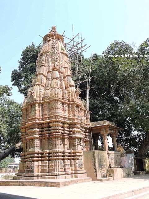 Kardameshwar Temple