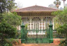 Brahma Mandir at Shanti Niketan