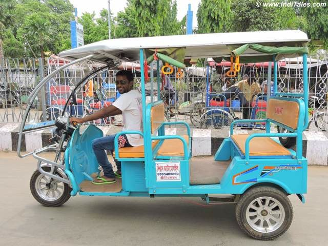 Tuk Tuks - best way to explore Shanti Niketan