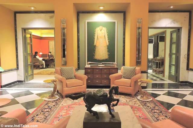 Drawing room at Narendra Bhawan, Bikaner