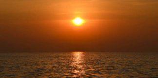 Sunrise at Sewri, Mumbai