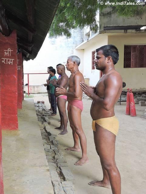 Prayers prior to wrestling at Tulsi Akhada, Varanasi