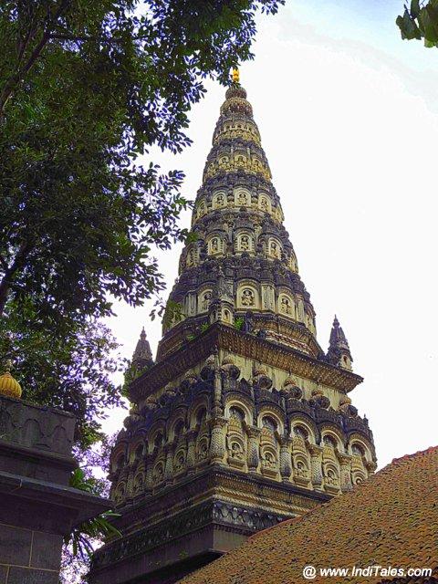 पुणे के तुलसी बाग़ का राम मंदिर