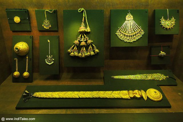 Precious Jewelry display - National Museum, Delhi
