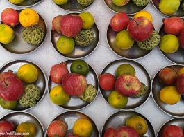 Fruits - as Pune Street Food
