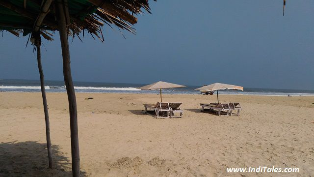 Relax while the waves play the music for you - Varca Beach - Goa