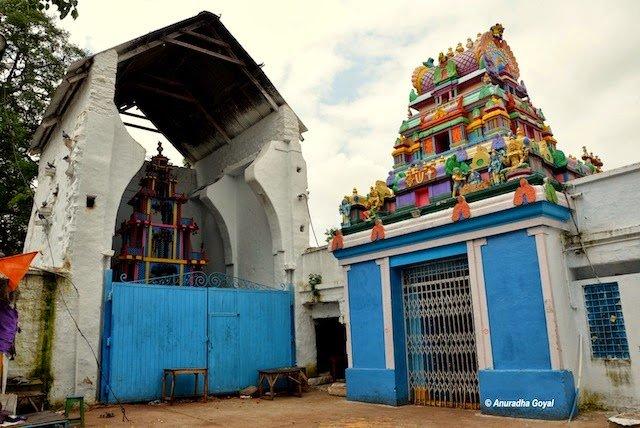 वीसा देवता चिलकुर बालाजी का मंदिर