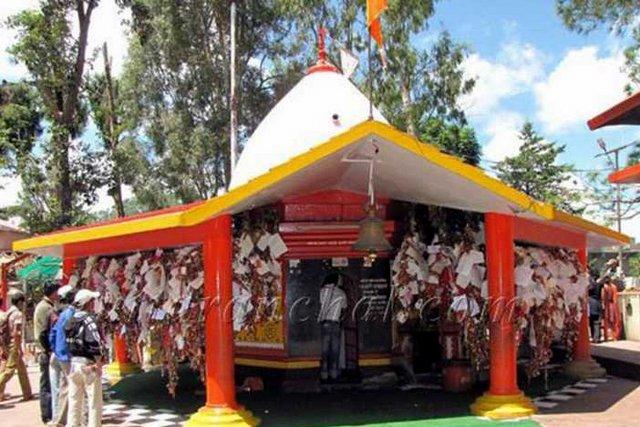 गोलू देवता मंदिर अल्मोड़ा