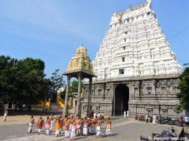 वरदराज पेरूमल मंदिर राज गोपुरम भीतर से