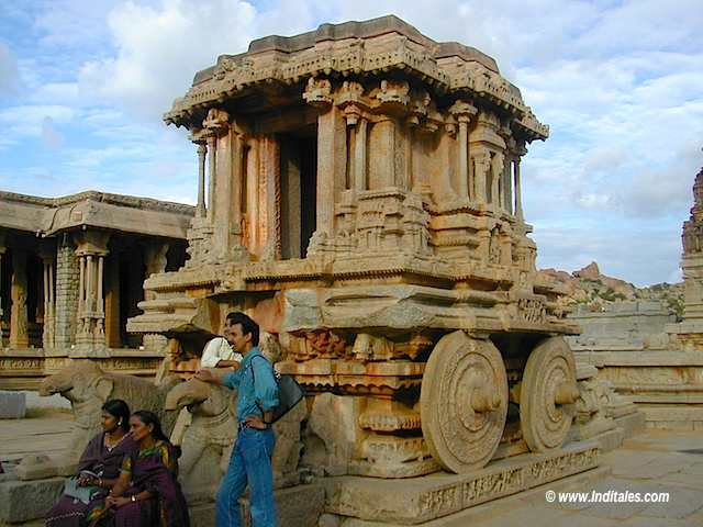 Stone Chariot at Vittala Temple Hampi Travelogue