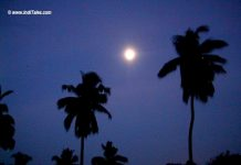 Full Moon at the beach, Kozhikode