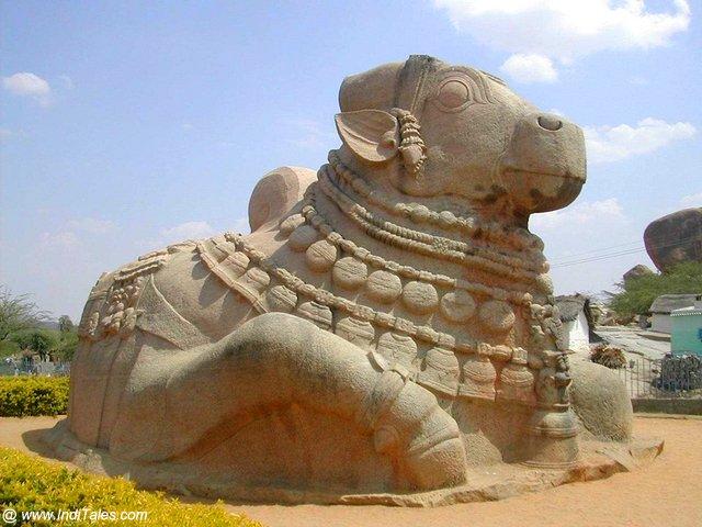 Giant Nandi stone statue