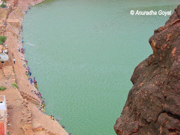 Agastya Teertha Lake, Badami