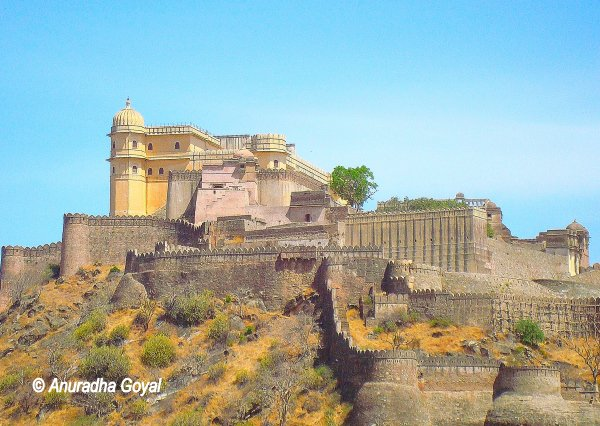 Landscape view of Kumbhalgarh Fort, Rajasthan - Must See India