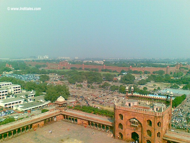Red Fort from top of Minar in Jama Masjid, Old Delhi